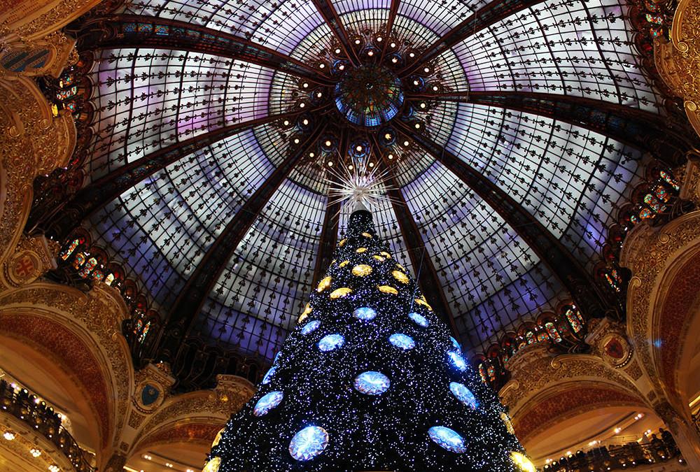 Sapin de Noël Swarovski, aux galeries Lafayette