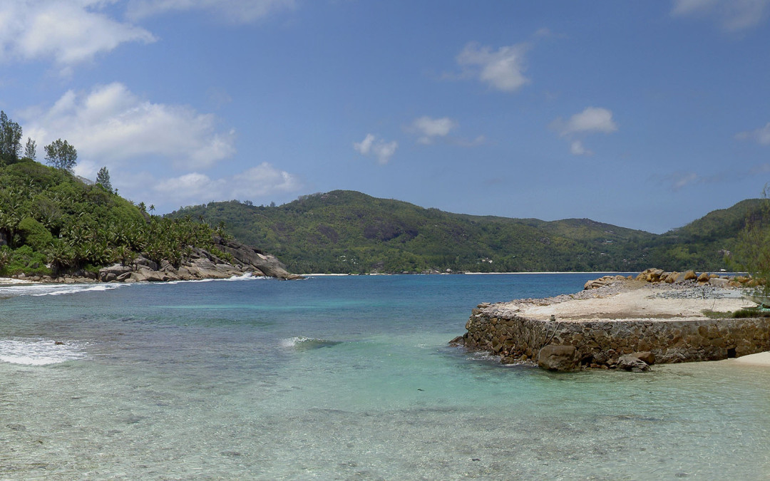 Panoramique d'une plage des Seychelles